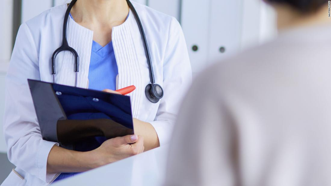 Study finds female doctors work harder for less money