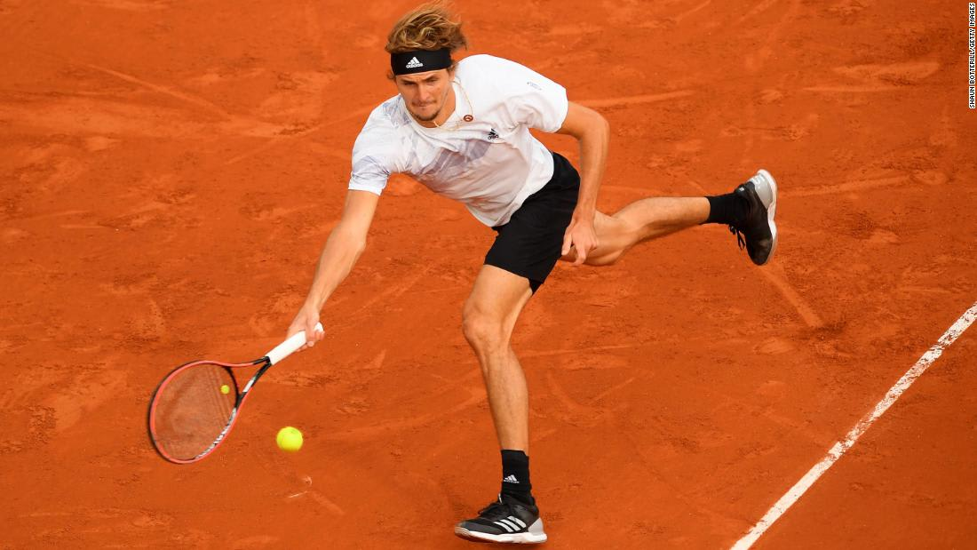 After playing match with Covid-like symptoms, tennis star Alexander Zverev says he's tested negative