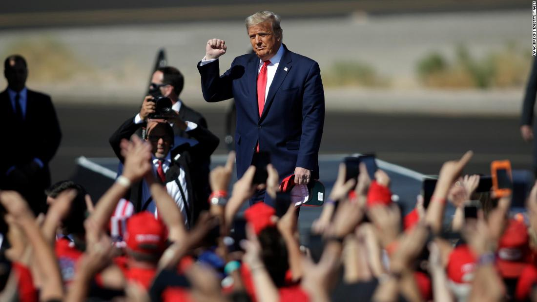 Analysis: Trump bet against science, and voters are casting judgment