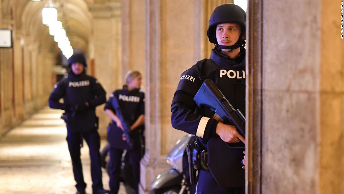 Four people 'killed in cold blood' in Vienna during night of terror