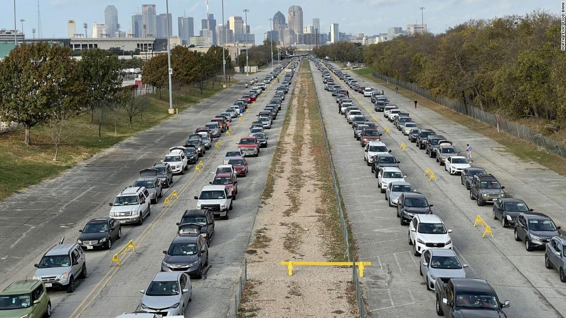 Thousands of cars form lines to collect food in Texas