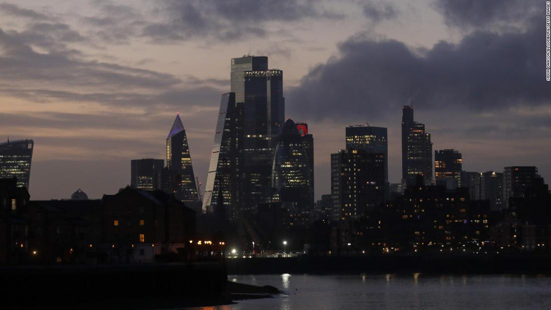 London returns to strict lockdown, following a sharp rise in coronavirus cases