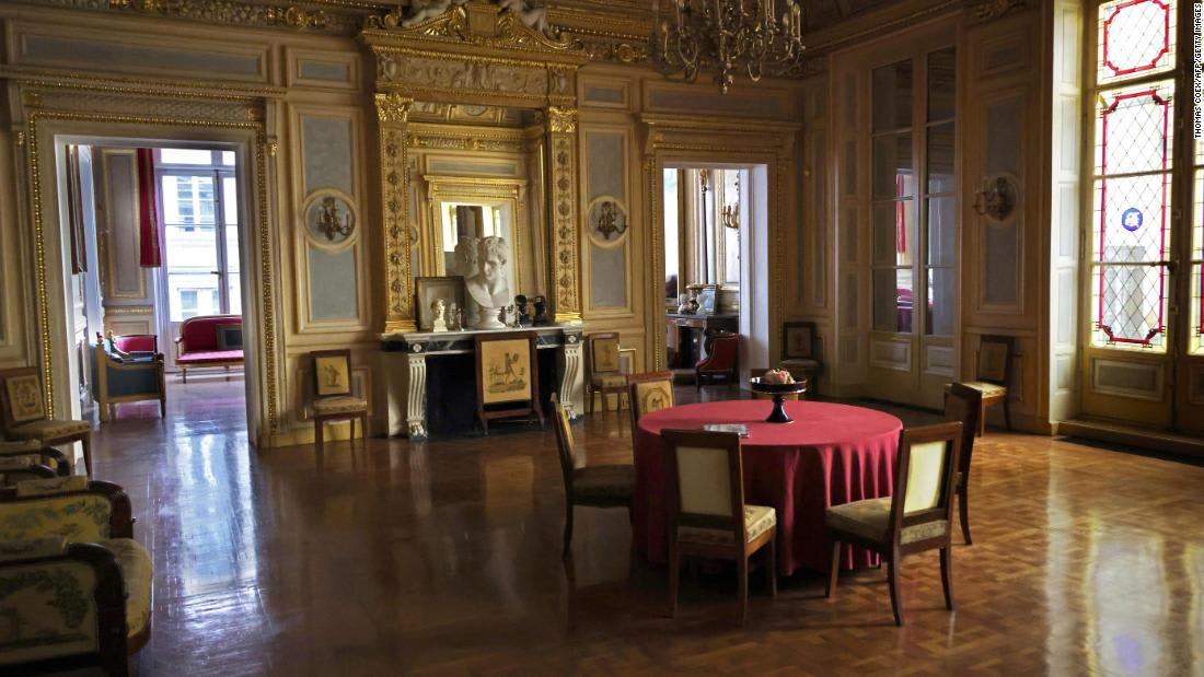 Undercover video sparks outrage over secret dinner parties for Paris elite