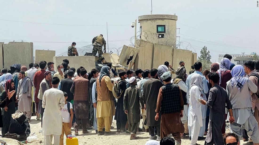 Taliban members escorted Americans to gates at Kabul airport in secret arrangement with US