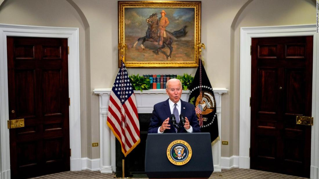 Analysis: Terror threats hamper Afghanistan evacuation as Biden's deadline looms
