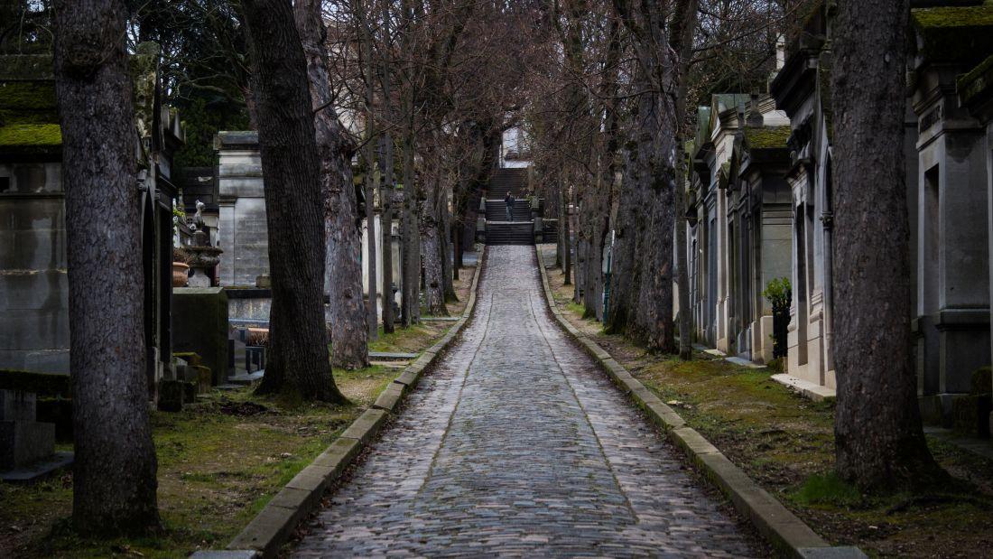 Path, Père Lachaise Cemetery, Paris, France