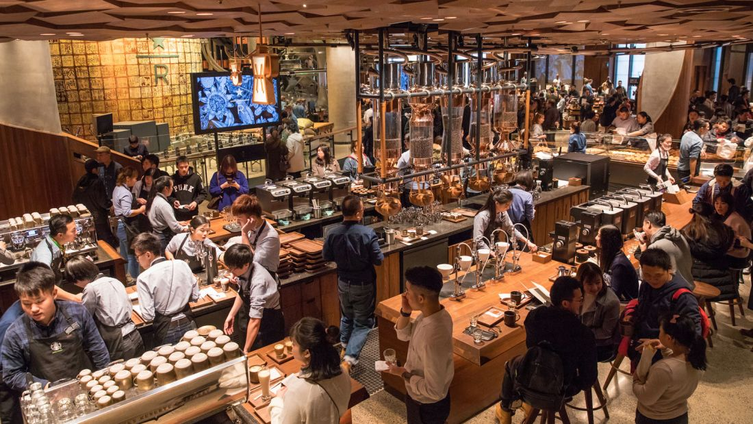Starbucks-Reserve-Roastery-interior5