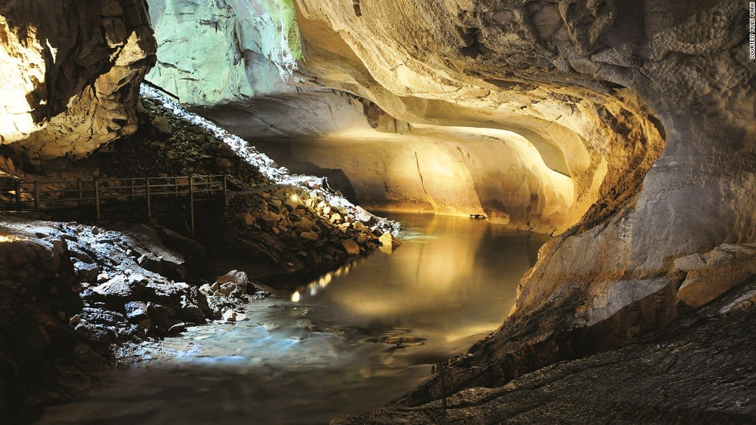 Malaysia Clearwater cave (Mulu WH)