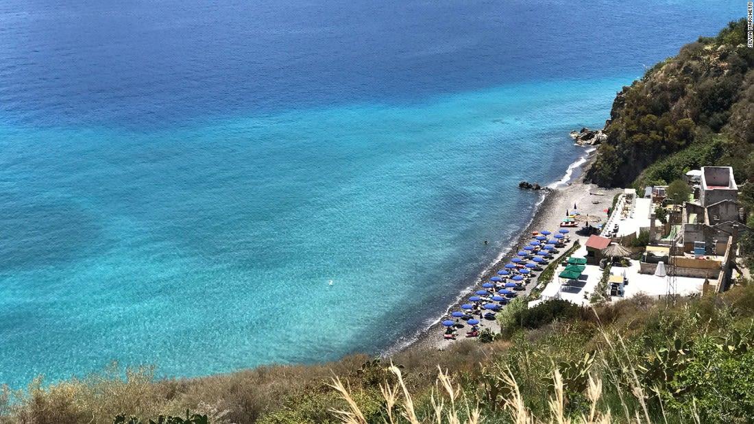 Aeolian-Islands---Lipari-pumice-White-Beach---Silivia-Marchetti