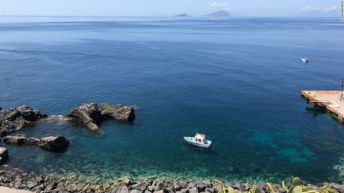 Aeolian-Islands---Stromboli-clear-waters-with-Panarea-in-background---Silvia-Marchetti