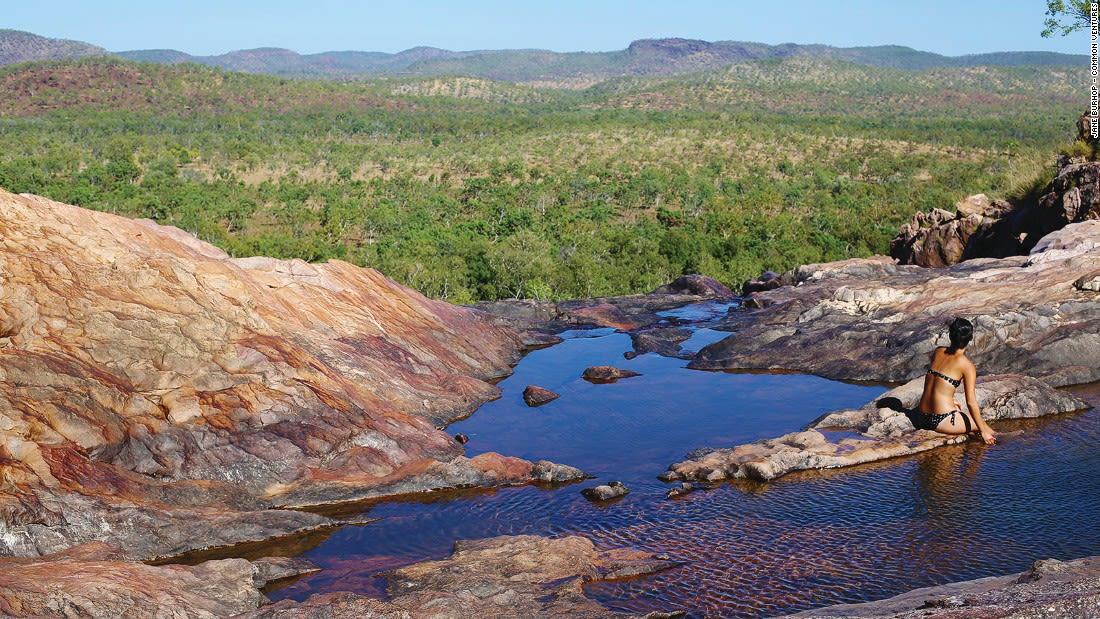 Australia Kakadu Gunlom Falls, Kakadu National Park 122402-3
