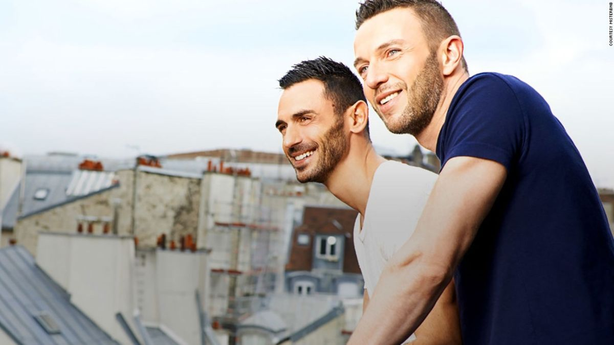 outing gay singles A review of the online dating site outpersonalscom find out the positives and negative features of this gay matchmaking service plus, see what singles have written about out personals.