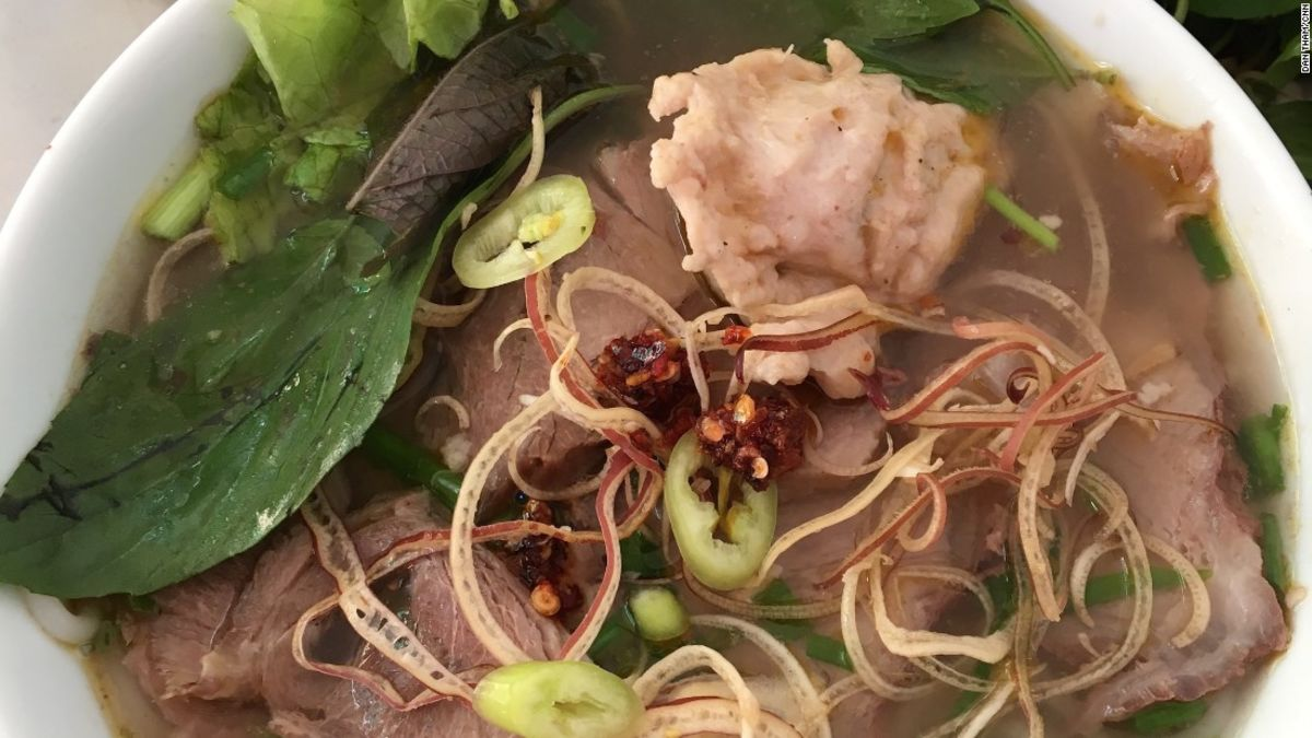 Beyond pho: 5 of Hanoi's top noodle dishes