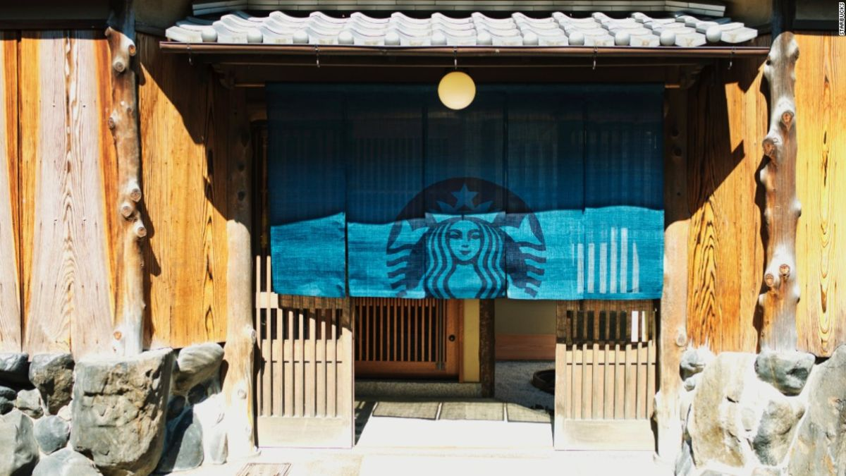 Kyoto Starbucks Opens Inside 100 Year Old Townhouse Cnn