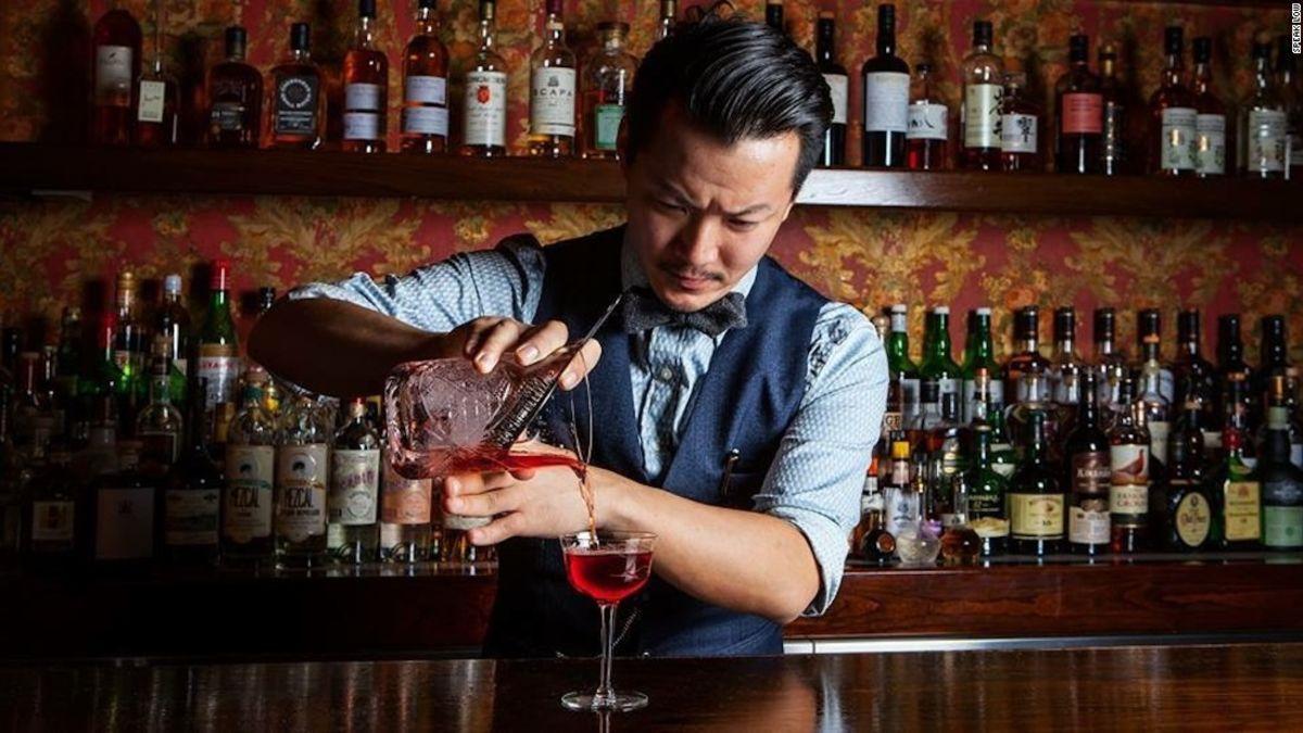 В какой бар лучше зайти для знакомства