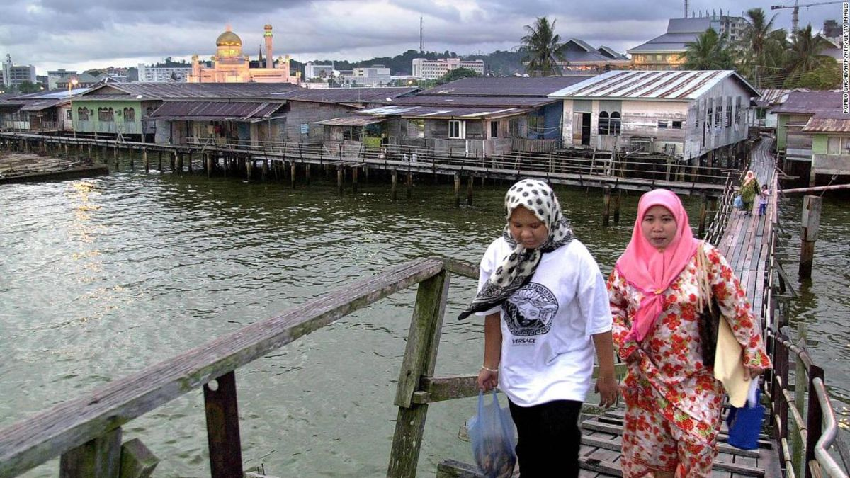 Brunei's Kampong Ayer: World's largest settlement on stilts