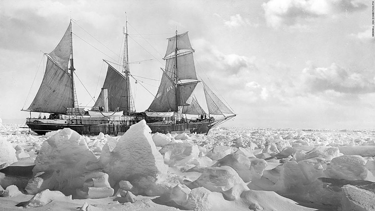 Expedition to find Shackleton's ship loses its own submarine