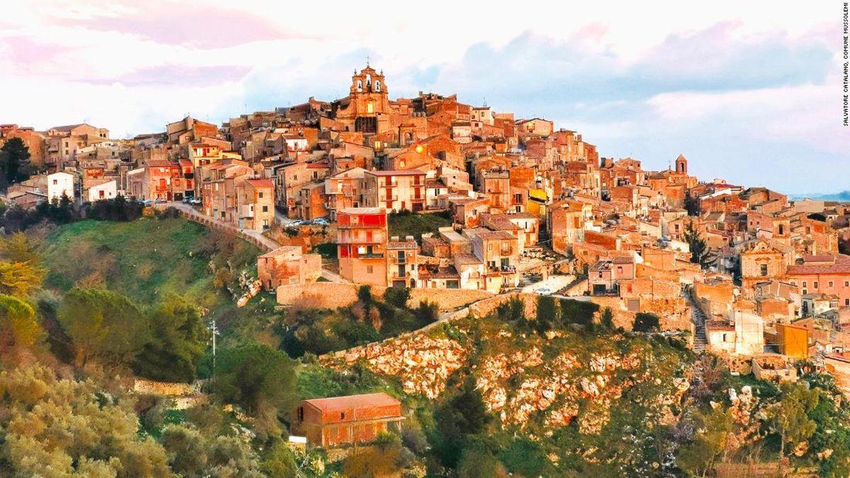 Sie können immer noch kaufen Sie $1 Häuser in ganz Italien
