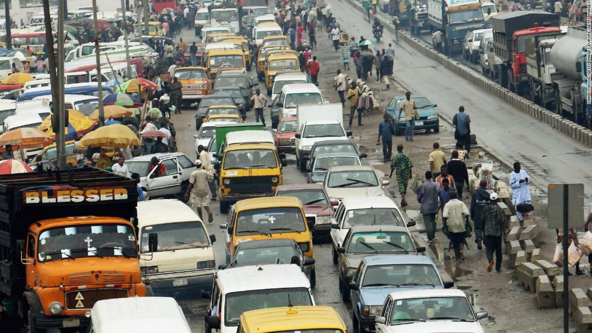 Employees in Lagos are stressed, burned out and exhausted because of 'hellish traffic' - CNN