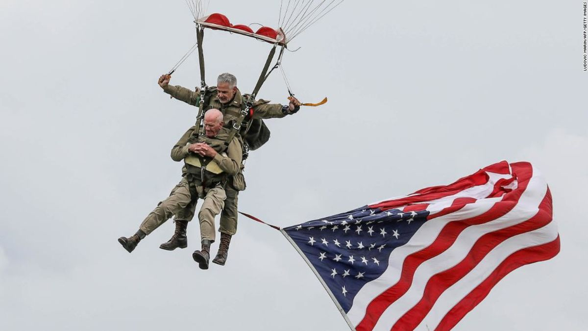 97-year-old vet jumps out of a plane for D-Day