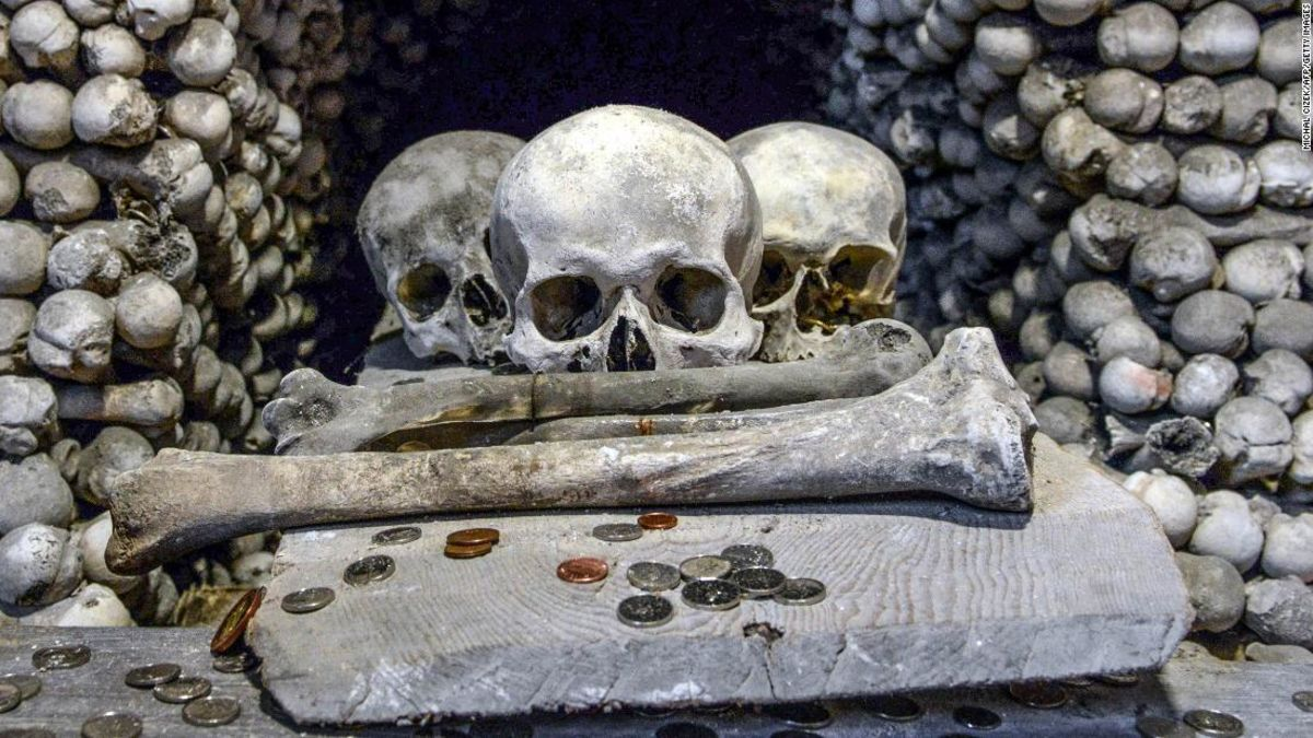 Republik ceko 'Church of Bones' untuk melarang selfie