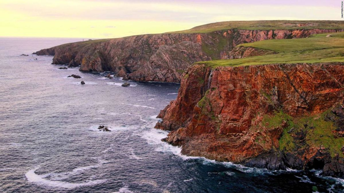 Irish island asks Americans to move there