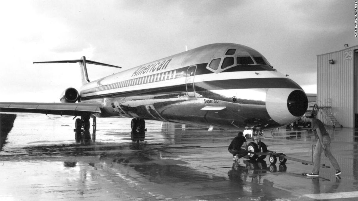 American Airlines retires classic MD-80 planes