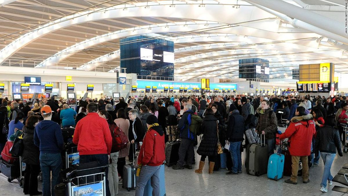 な対応Brexitいる異常危険'旅行者、専門家警告