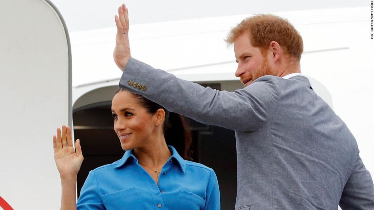 Here's how Harry and Meghan will fly to Africa