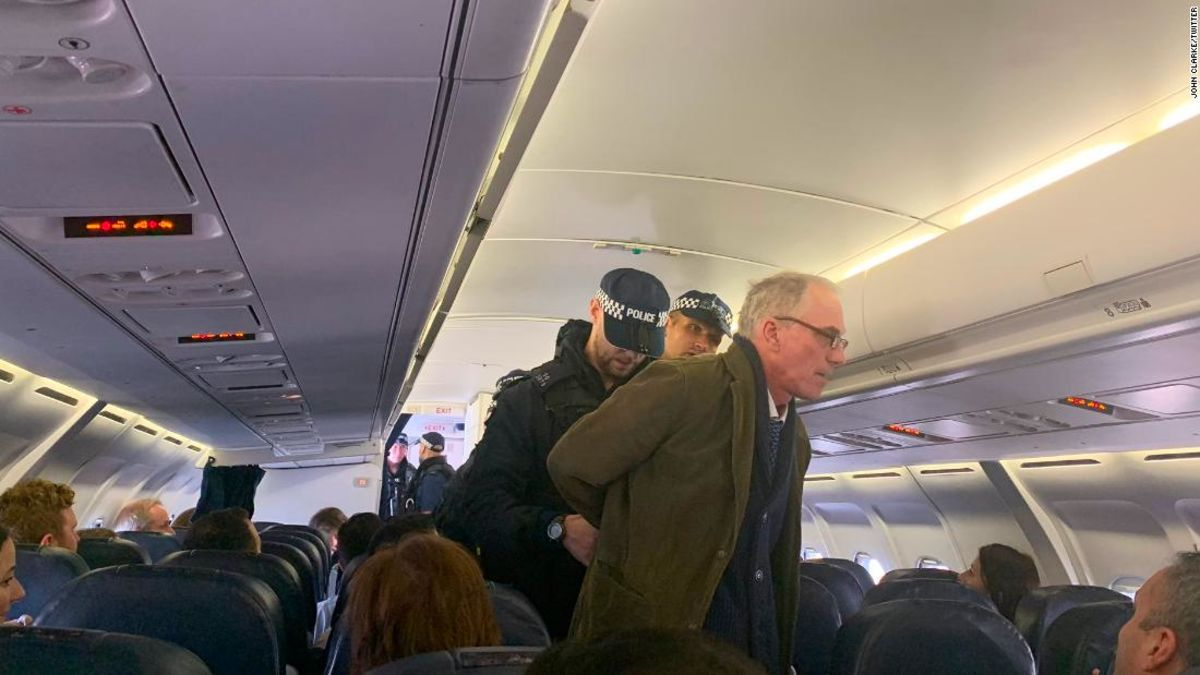 Climate protester delays flight at London airport by giving lecture in aisle