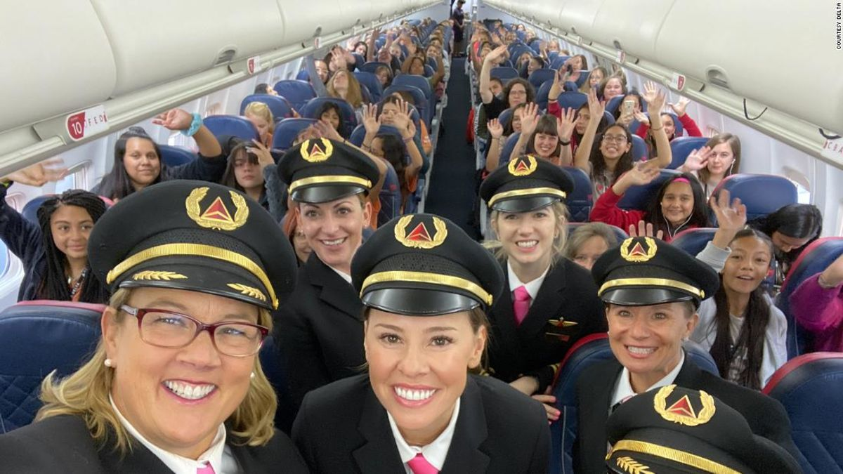 All-female Delta team flew 120 girls to NASA to get them excited about aviation