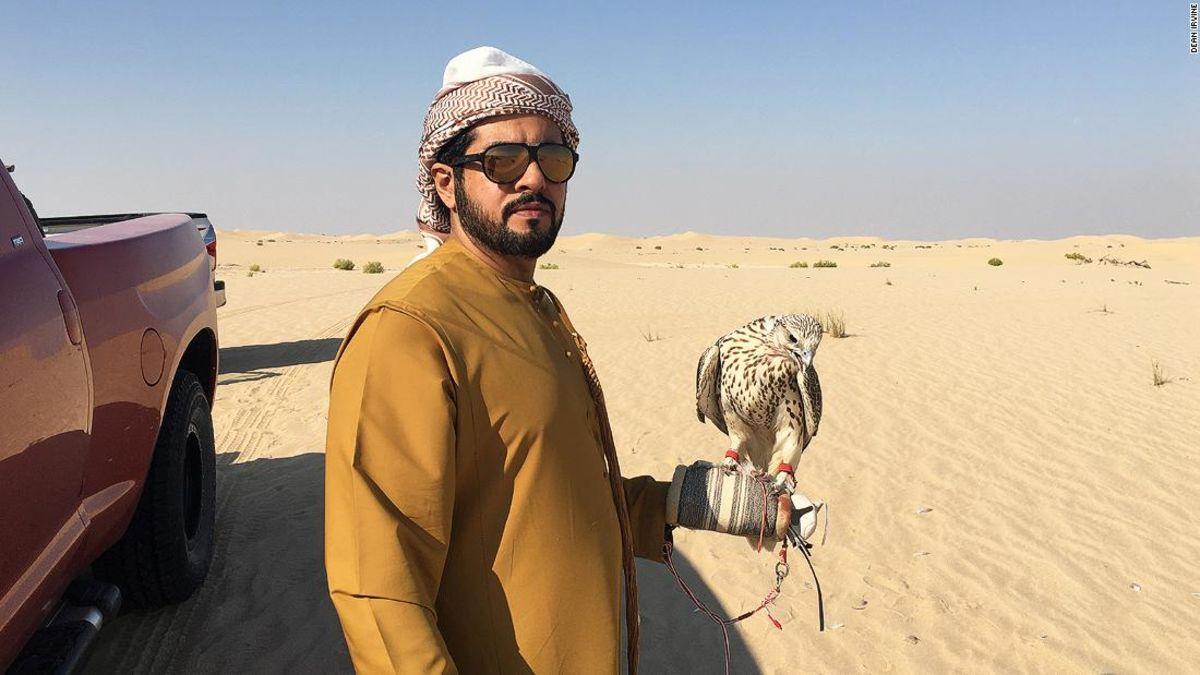#CNN Desert hunting with the falcons of Abu Dhabi   (2019-12-13 06:53:06Z)