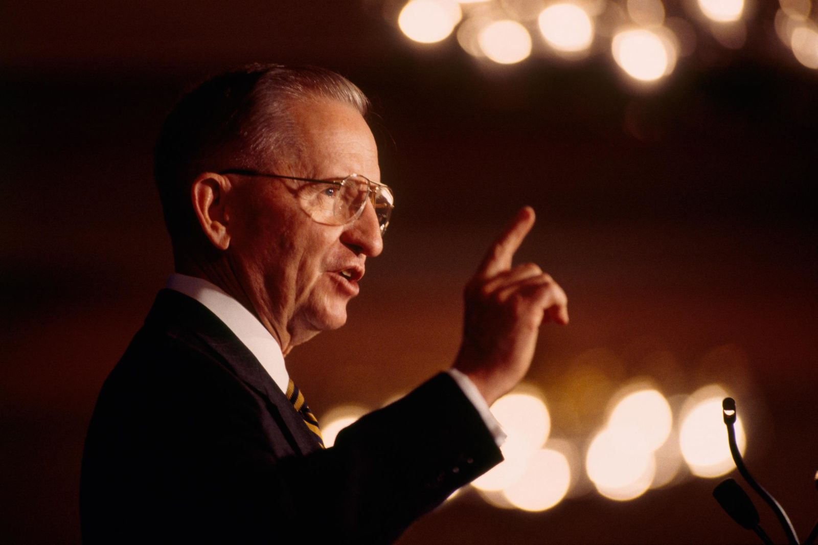 Ross Perot's life in pictures
