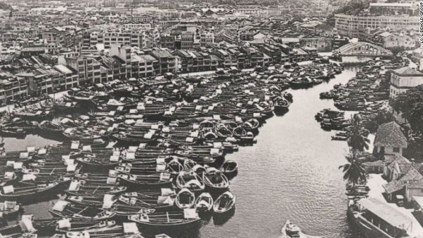 In this shot taken in the 1950s of Robertson Quay, warehouses line the waterfront.