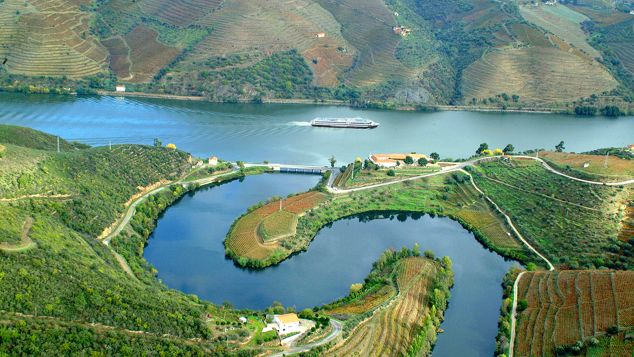 N Portugal Douro Valley