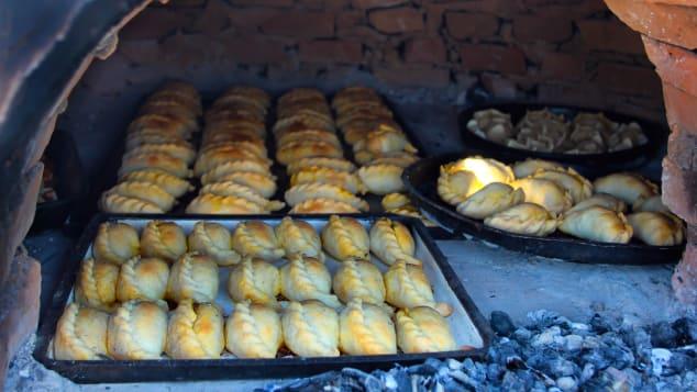 10 argentina dishes- empanadas