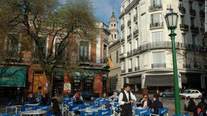 The bustling Plaza Dorrego, the location of Cafe Dorrego.